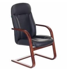 Кресло Бюрократ T-9923WALNUT-AV/BL для посетителя, дерево, кожа, цвет черный