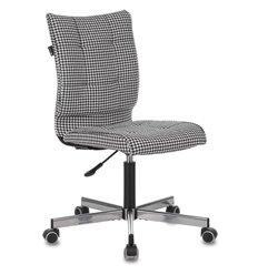 Кресло Бюрократ CH-330M/GF для оператора, ткань Morris, цвет черный/белый гусин.лапка
